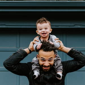 Joshua met zijn kind